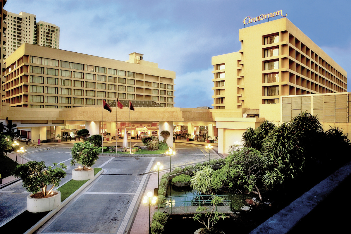 Cinnamon Grand (Colombo Plaza)